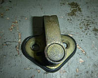 Ответная часть замка двери перед Renault Master II 1998-2010