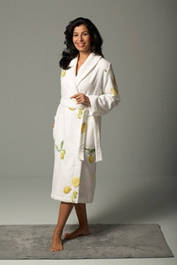 Пижамы женские, махровые,велюровые,трикотажные халаты