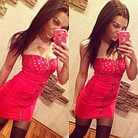 Женское платье без бретелей, спереди змейка