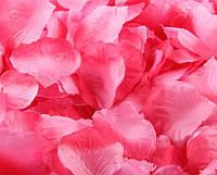 Лепестки роз искусственные  100шт/уп розово- красные