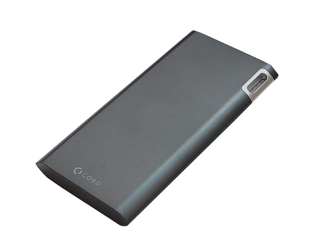 Универсальная мобильная батарея CORD J208 8000mAh (Power bank) чёрная