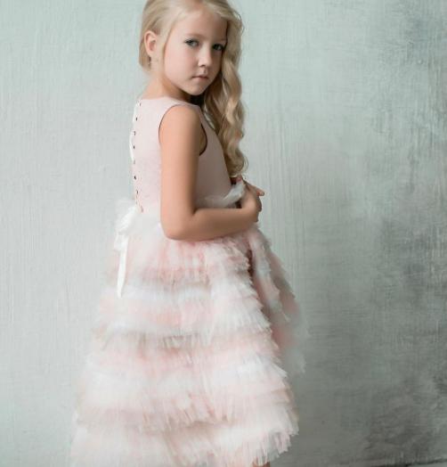 Сукня - Жакард зі шлейфом
