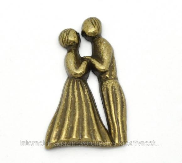 Металическая фигурка Парень с девушкой, 25х14 мм, фото 1
