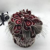 Меховая шапка с петлями цвет бордо