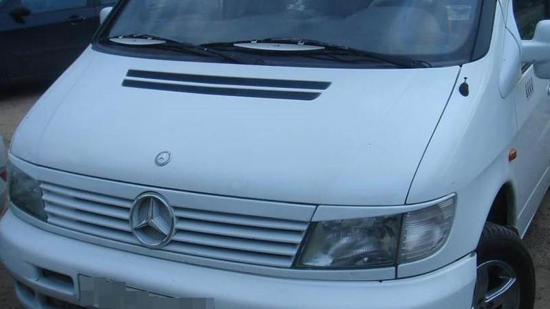 Реснички на Mercedes Vito W638