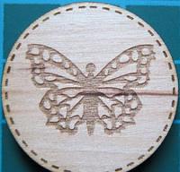 Деревянный чипборд Кружочек бабочка, 28 мм