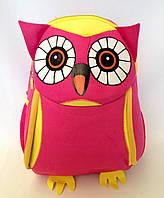 """Рюкзак игрушка детский мягкий""""Сова """" из неопрена для школы,детсада,в поездку малинового цвета"""