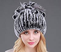 Меховая шапка с петлями цвет серый