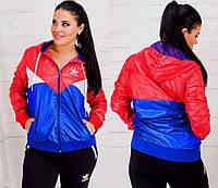 """Женская стильная куртка-ветровка в больших размерах 5015 """"Адидас Вышивка"""""""