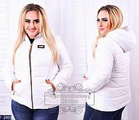 Женская куртка большого размера короткая с капюшоном белая