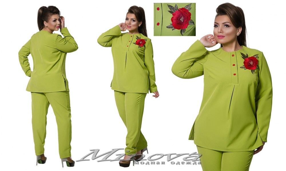 Костюм больших размеров  рубашка и брюки. Рубашка декорирована розой оливковый цвет 10/8345