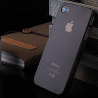 Бампер для смартфона iPhone 4/4S задняя накладка прозрачная черная