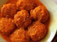 Фрикадельки с сардиной в томатном соусе