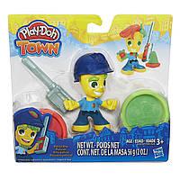 Игровой набор пластилина Полицейский мальчик  TOWN POLICE BOYПлей До/Play-Doh B5979