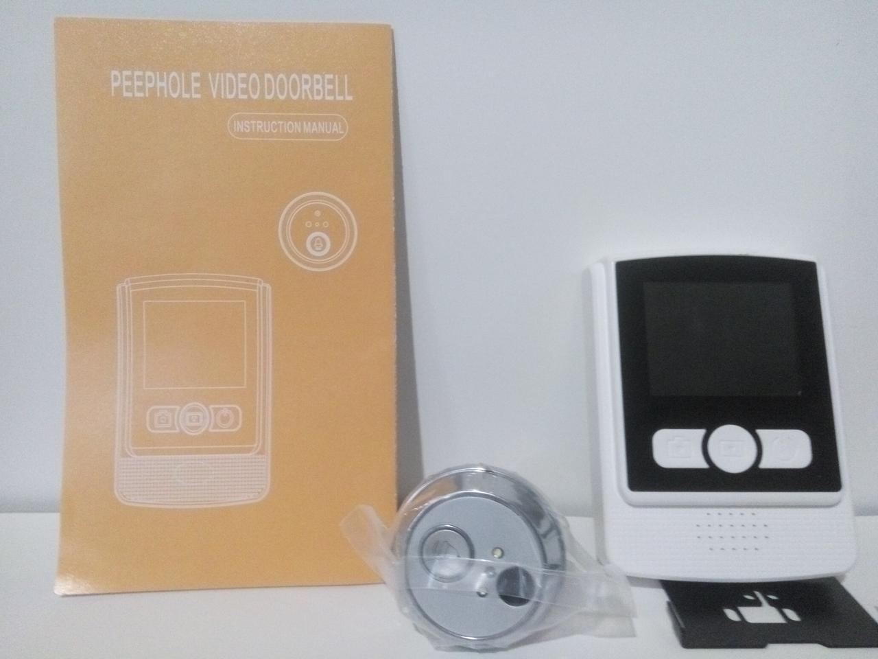 Дверной видеоглазок с монитором и записью.