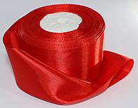 Лента атласная. Цвет - красный. Ширина - 5 см, длина - 23 м