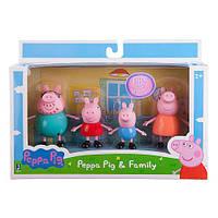"""Игровой набор """"Семья свинки Пеппы"""""""