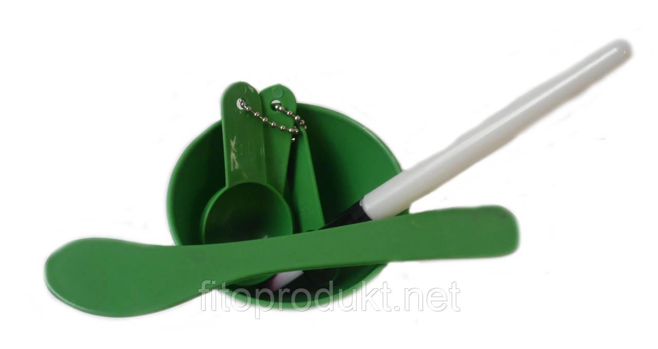 Набір інструменту для домашнього макіяжу 4 в 1 від DIY