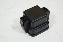 Крышка защитного блока реле Рено Меган 3. 243120003R. Б.У