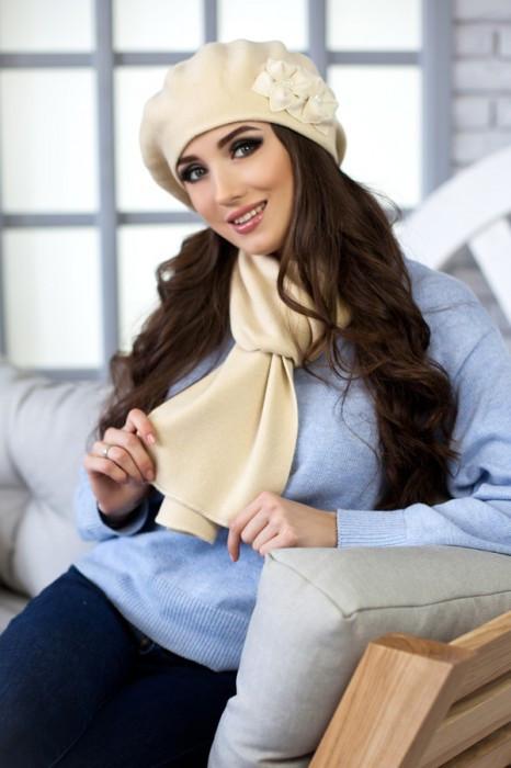 Зимний женский комплект «Бэсси» (берет и шарф) Песочный