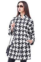 Красивое пальто модного фасона
