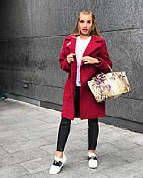 Стильное женское пальто нежный кашемир букле с фирменным шевроном, цвет бордовый