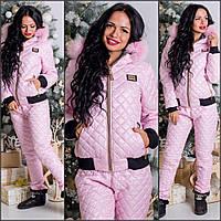Зимний костюм moschino внутри на силиконе, на капюшоне мех натуральный. Цвет розовый