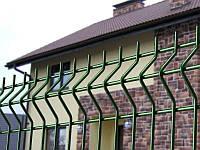 Заборы и ограждения из сварной сетки с покрытием зеленого цвета (3/4мм) 2,5х1,2м.