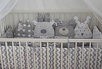 Защита в детскую кроватку на 4 стороны.