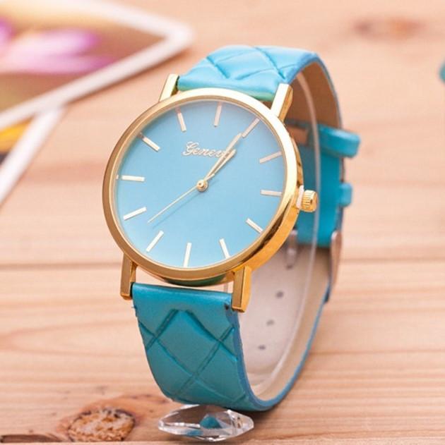Женские часы Geneva на ремешке из экокожи мятные
