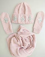 Комплект шапка крупной вязки с хомутом и варежками