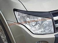 Реснички на фары для Mitsubishi Pagero Wagon 4 2006-2014 2011