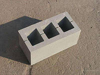 Шлакоблок стеновой 390х190х190 мм