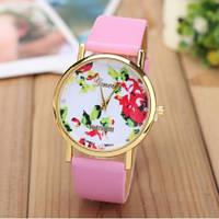 Женские часы Geneva Platinum Flower с розовым ремешком из экокожи, фото 1