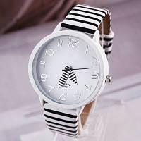 Часы наручные женские Zebra white