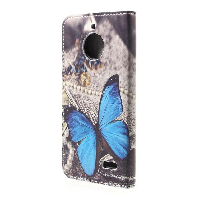 чехол книжка на Motorola Moto E4 XT1762 с голубой бабочкой