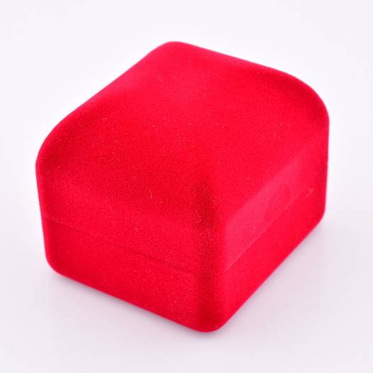Футляр классика, красный бархат для кольца-серег 54042, размер 4.5*5.5 см