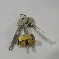 Цилиндр под крестовой ключ Pilca 3 ключа