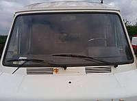 Лобовое стекло Mercedes T1 207-410