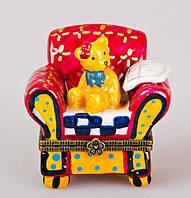 """Декоративная фарфоровая шкатулка """"Мишка в кресле"""" 6 см 194-007"""