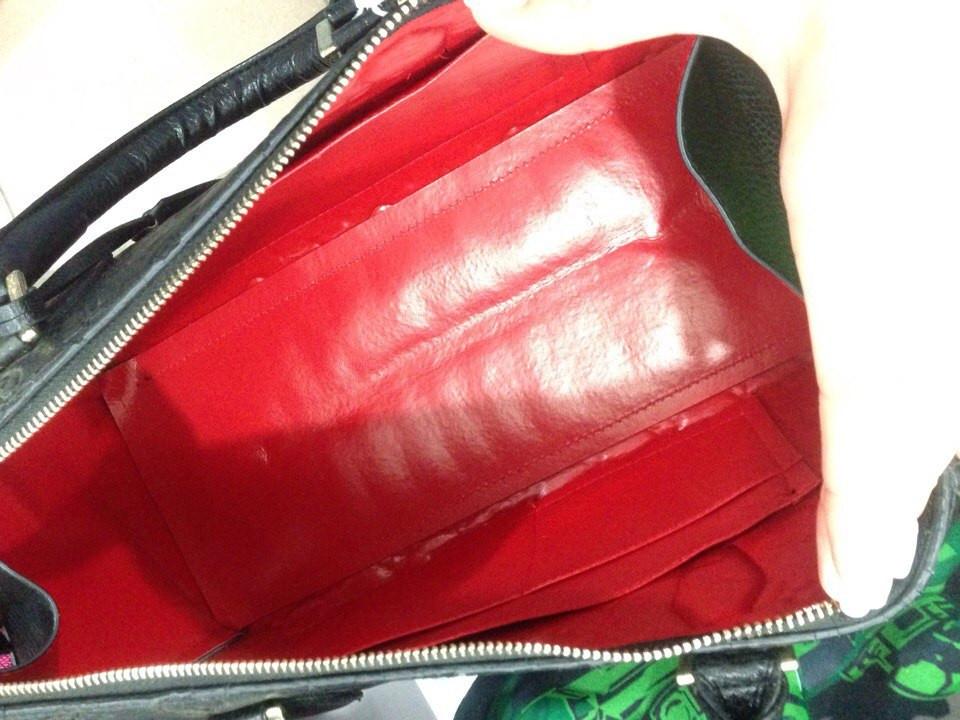 c19e88f005bf ... Женская сумка-саквояж Louis Vuitton с тиснением, Луи Витон черная, фото  6