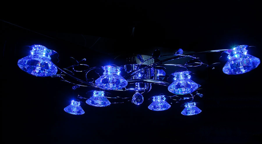 Потолочная люстра для спальни с подсветкой