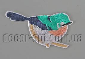 Термонаклейка вышивка Птичка бирюзовая 7,5см 005-02
