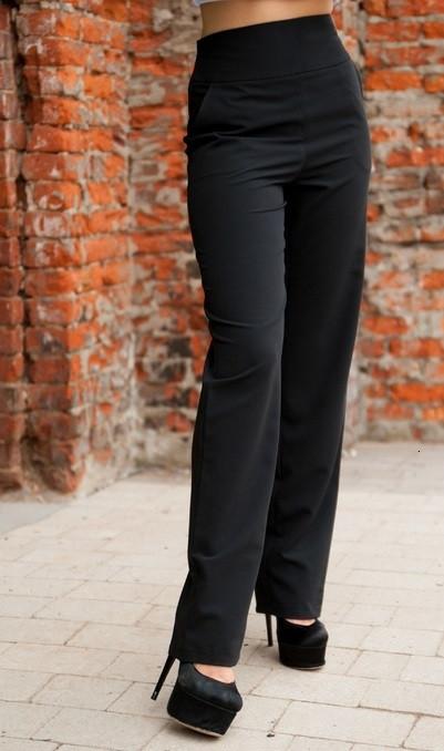 Черные брюки с высокой посадкой и карманами