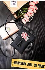Мини сумочка-кошелёк на шнурке через плечо, цветы и кисточка - черный 207-102, фото 2