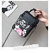 Мини сумочка на цепочке с металлической застежкой, заклепки и цветы - черная 207-71, фото 6