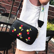 Клатч на ремне с вышивкой вишни - черный цвет 207-14, фото 3