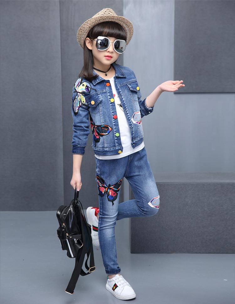 Джинсовый костюм на девочку с нашивками - бабочки 201-1