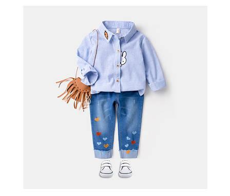 Модная рубашка на девочку с нашивками зайчик и морковка 205-1, фото 2