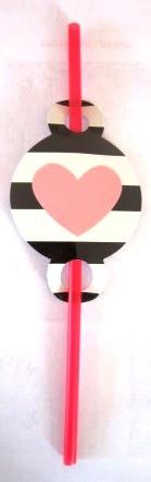 Трубочка для напитков черно-белая с сердечком